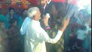 BABA enjoying KHUSRA ( funny dance and fight ) LOL