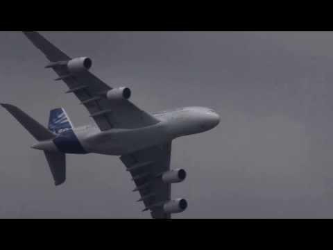 Unbelievable Airbus A380 vertical Take off + Amazing Air Show  HD ) Paris Air show 2013