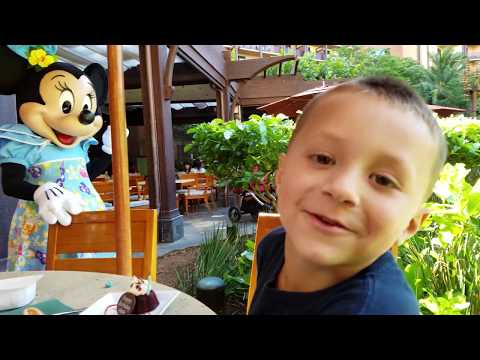 CHASE'S 5th BIRTHDAY in HAWAII! Disney Aulani Resort Activities (FUNnel Vision Trip Honolulu Part 1)