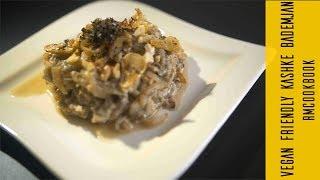 Vegan friendly Iranian aubergine dish with curd and walnuts (kashke bademjan)