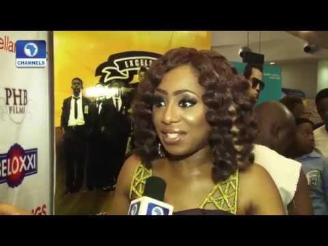 Xxx Mp4 EN Dakore Akande Diana Yekinni Stun At Lunchtime Heroes Movie Premiere 3gp Sex