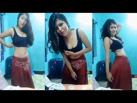 Xxx Mp4 Desi Hot Indian College Girl Shaking Boobs Dance In Desi Bollywood Song 3gp Sex