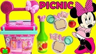 Disney Minnie Mouse Magical Picnic Basket Surprises