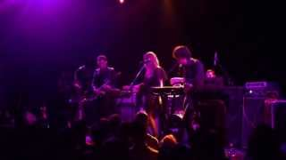 Chromatics - Lady (Live)