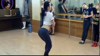 بنت بترقص رقص جامد اوي علي مهرجان جاي بيشكي - باسم فيجو 2018