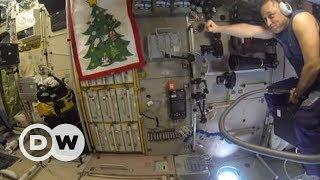 Uzayda elektrik süpürgesiyle uçmak - DW Türkçe