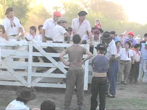Jineteada de Novillos Fiesta de la Tradición La Carlota 2010