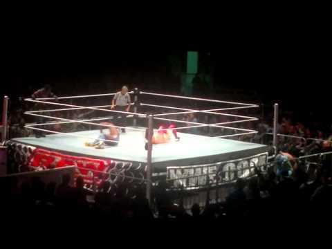 WWE RAW BRASIL 2012 GINASIO DO IBIRAPUERA 24 05 2012