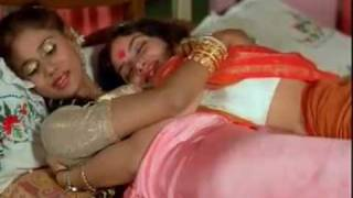 Mallu sexiest aunties! Aunty maria kissing actress reshma videos! Bhavana hot new full movie scene