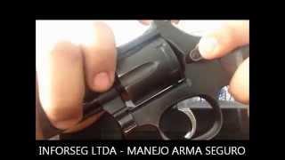 MANEJO REVOLVER ARMA DE FUEGO
