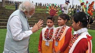 Shillong  PM visits Mawphalang, a traditional Khasi village : NewspointTV