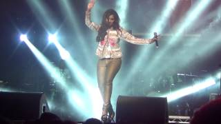 Chikni Chameli shreya ghoshal live manchester O2 apollo live may 2014