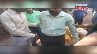 Bhubaneswar PHD Clerk Caught Red Handed While Taking Bribe