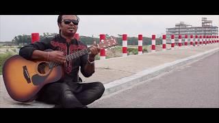 somay singer.Sob Loke Koy Lalon Ki Jaat somay