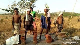 Jiling galang jinga saree prfrom by tyukocha boys....