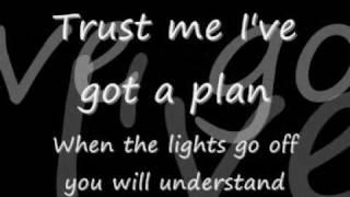 Pain - Three Days Grace [Lyrics]