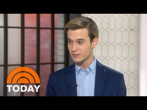'Hollywood Medium' Tyler Henry Gives Unbelievable Readings TODAY