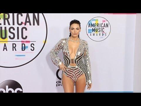 Xxx Mp4 Bleona Qereti 2017 American Music Awards Red Carpet 3gp Sex