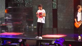 Teenage Dirtbag - One Direction ft 5SOS (Cream Prank) HD 30/10 Melbourne