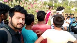 निशा दुबे जी भोजपुरी सिंगर सिद्धार्थनगर में शूटिंग के समय सिंगर राकेश यादव