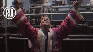 Robbie Williams   Vloggie Williams Episode #55 - Best Rudebox Ever