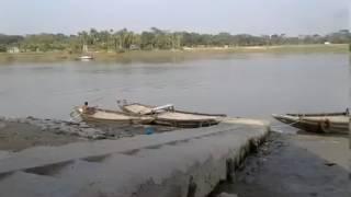 কান্দেরে কান্দে কোন্না নদীর কিনারায় আবেগের একটি গান