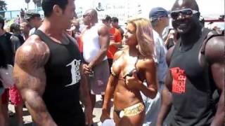 Hot blonde bikini girl at Venice beach bikini contest