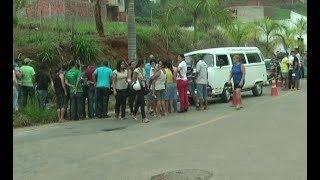 Jovem é morta em ponto de ônibus, em Santana do Paraíso