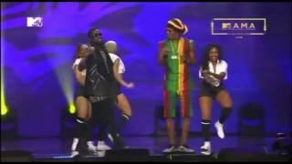 Patoraking, Sarkodie, Koree Bello,YCEE, na Falz kwenye stage ya MTVMAMA2016
