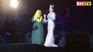 Aksi Vida hangatkan konsert Syahrini