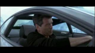 MADONNA FEAT JAMES BOND - DIE ANOTHER DAY car chase.avi
