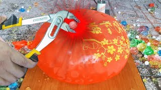 Experiment Glowing 1000 degree metal ball vs giant balloon orbeez satisfying