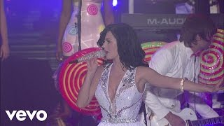 Katy Perry - Waking Up In Vegas (Live on Letterman)