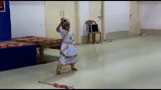 mamo chitte niti nritye (sweet sister dancing )