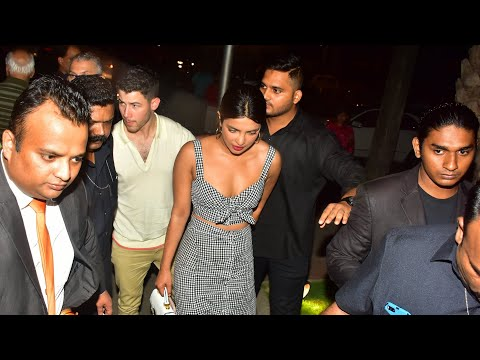 Xxx Mp4 Priyanka Chopra With Humored Boyfriend Nick Spotted For Dinner At A Restaurant In BKC Mumbai 3gp Sex
