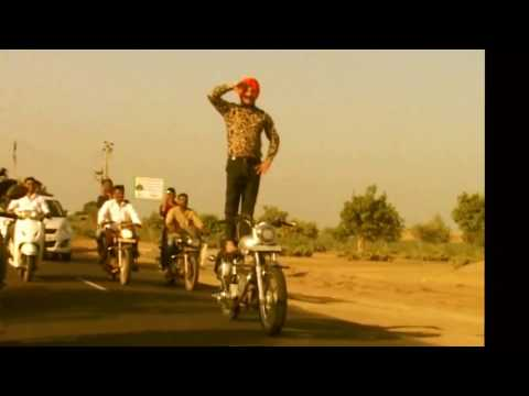 Daredevil Sikh Manjeet Singh Ferozpuria Tied Turban While Riding Bullet Stunts