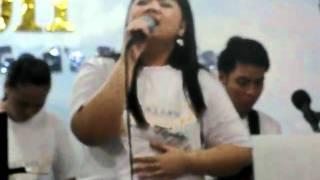 PAULA SINGING SAAN PATUNGO ANG BUKAS BY DULCE 052.AVI