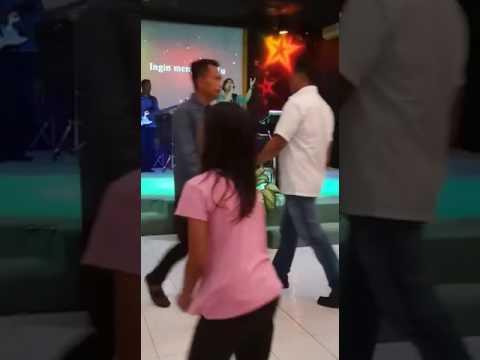 Xxx Mp4 Ibadah Raya GKBP MDC Sorong Quot Tuhan Melihat Hati Quot WL Nini Novita Langitang 3gp Sex