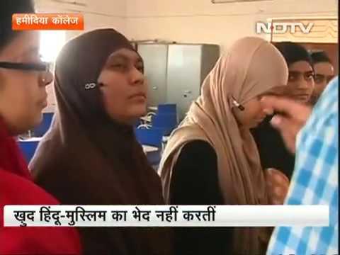 सियासी बहस और Muslim Girls & interview with Munawwar Rana in Prime Time with Ravish Kumar