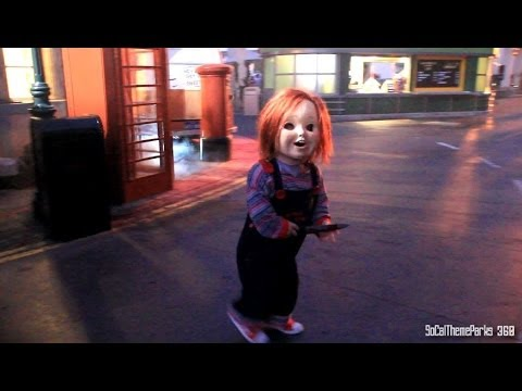 HD Chucky Roaming the Street Chucky Scare Zone Halloween Horror Night