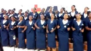 Kwaya ya BMM kwenye Tamasha la Yesu ni mwema usisahau kusubscribe bonyeza kitufe chekundu hapo chin