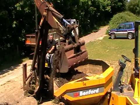 50 Year old JCB working loading lorry & dumper