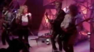 Samantha Fox Do Ya Do Ya Wanna Please Me Live TOTP UK 07 1986 3'00
