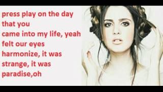 Laura Marano - Boombox (lyrics)