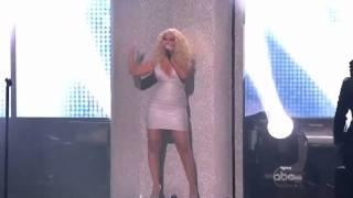 Maroon 5 ft. Christina Aguilera - Moves Like Jagger (AMA's) [HD]