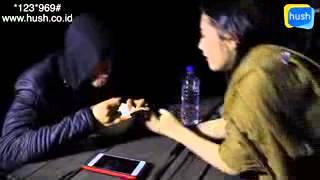 Aliando & prilly romantis rebutan makanan
