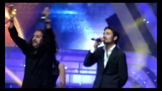 WHY THIS KOLAVERY DI SONG LIVE BY DHANUSH IN DUBAI