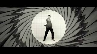 Casino Royale (2006) Gunbarrel - Daniel Craig