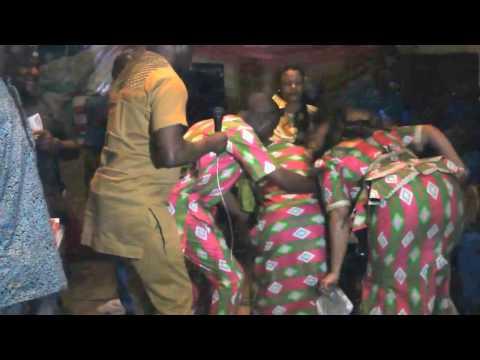 Women shaking their bum bum as Obeseere perform on stage at Ayan to Gbajumo Awards Ayangbajumo