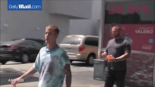 Justin Bieber in Led Zeppelin T Shirt in Los Angeles, California   September 2, 2016